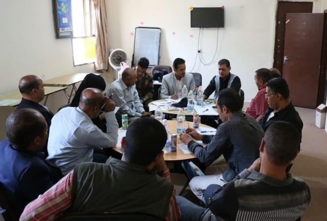 مناقشة التحديات التي تواجه عودة خدمات المياه للمواطنين في مدينة تعز